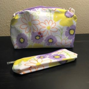 Clinique Two Piece Cosmetic Bag Set